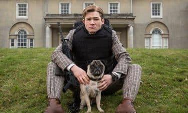 実は犬映画!『キングスマン』に登場するパグ犬「J.B」